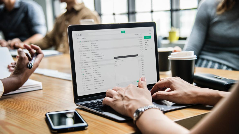 De voordelen van zakelijk internet | eLive